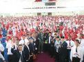 Kunjungi Kampus UTM Madura, Menpora Ajak Ribuan Mahasiswa Baru Doakan Sukses Asian Games 2018
