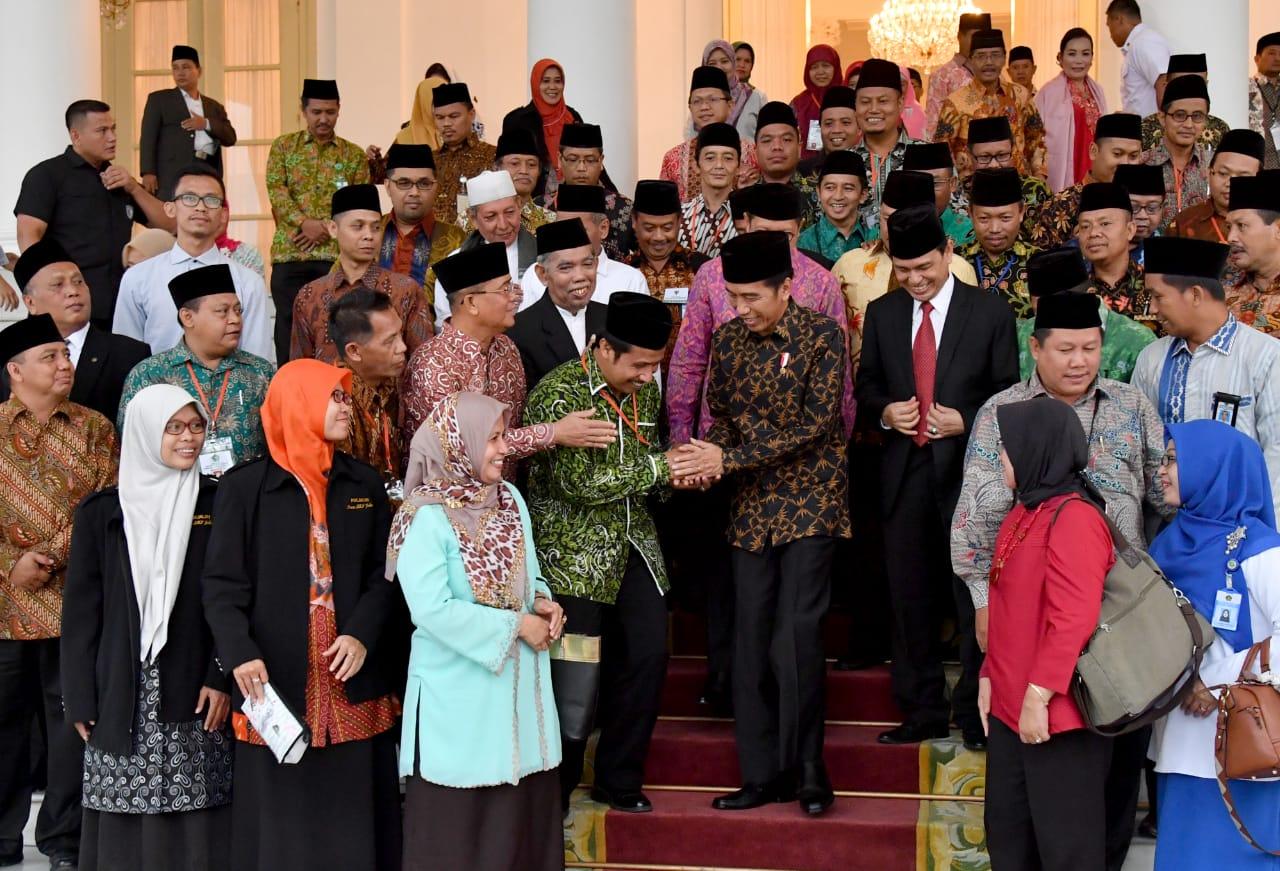 Memaknai Isra Mikraj Sebagai Proses Naiknya Derajat Bangsa Indonesia