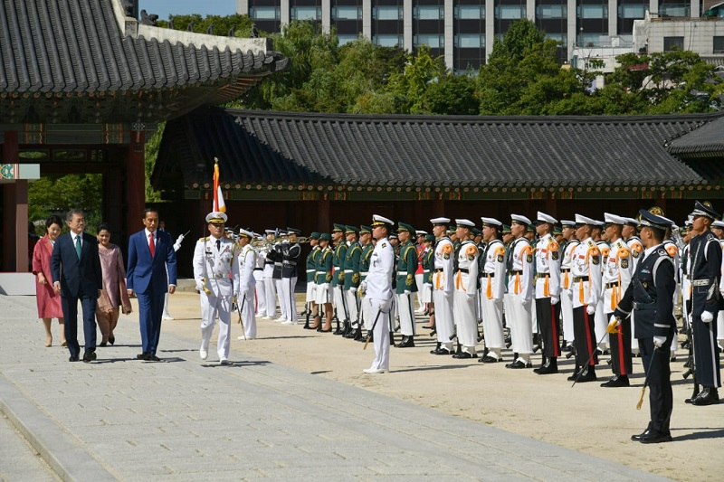 Presiden Jokowi disambut Upacara Kenegaraan di Istana Changdeok