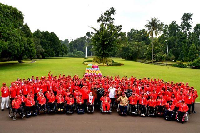 Presiden Berikan Bonus dan Silaturahmi dengan Atlet Asian Para Games di Istana Bogor