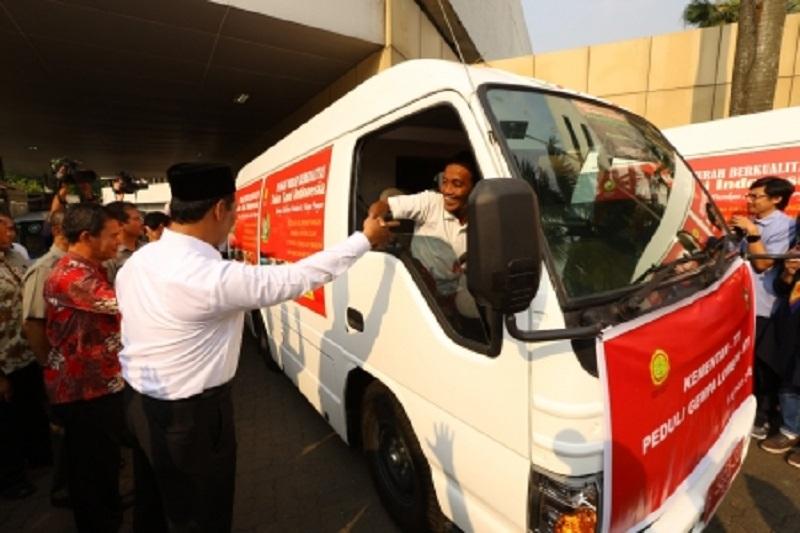 Kementan Bergerak Cepat Salurkan Bantuan dan Kirim Tim Khusus Bantu Korban Gempa NTB