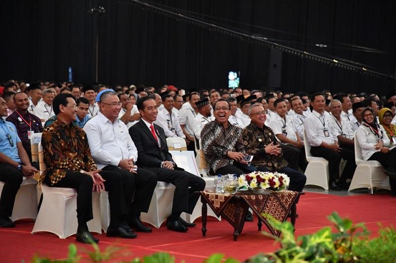Presiden Titip Kades Jaga Persatuan dan Kerukunan